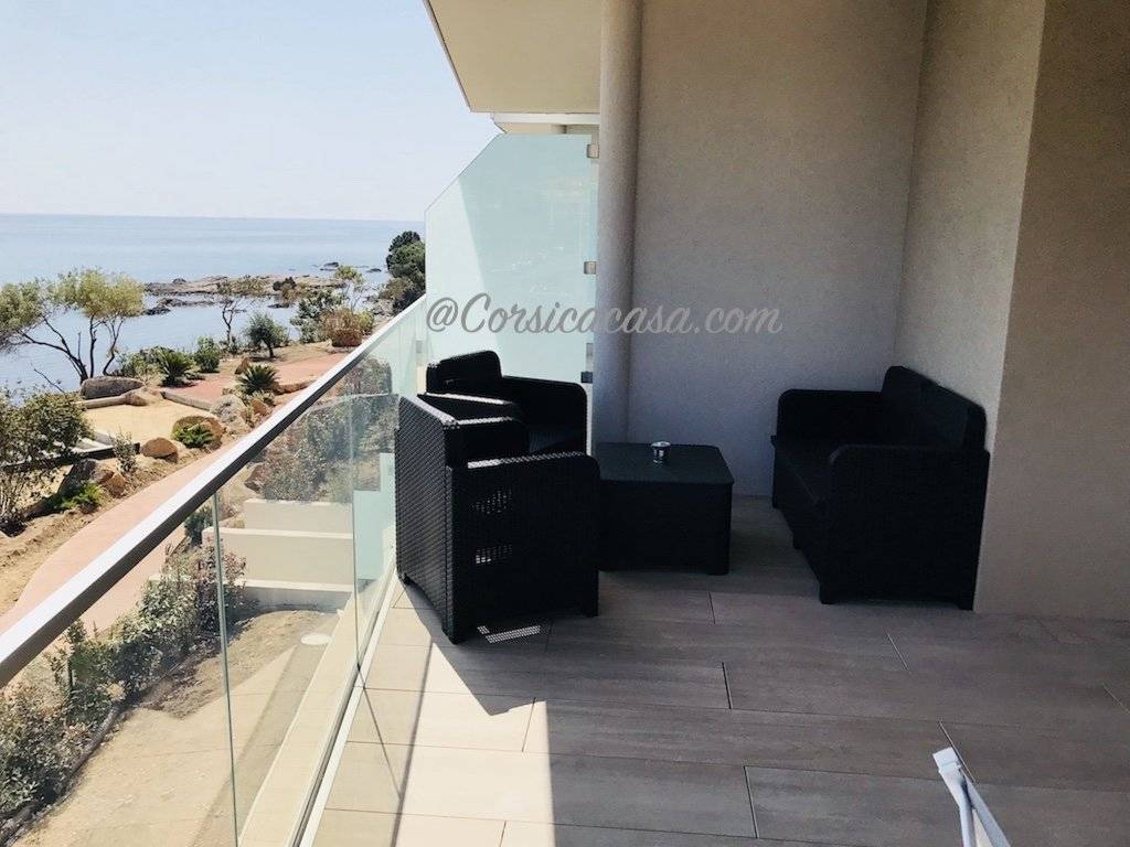 Solenzara – appartement standing bord de mer A111
