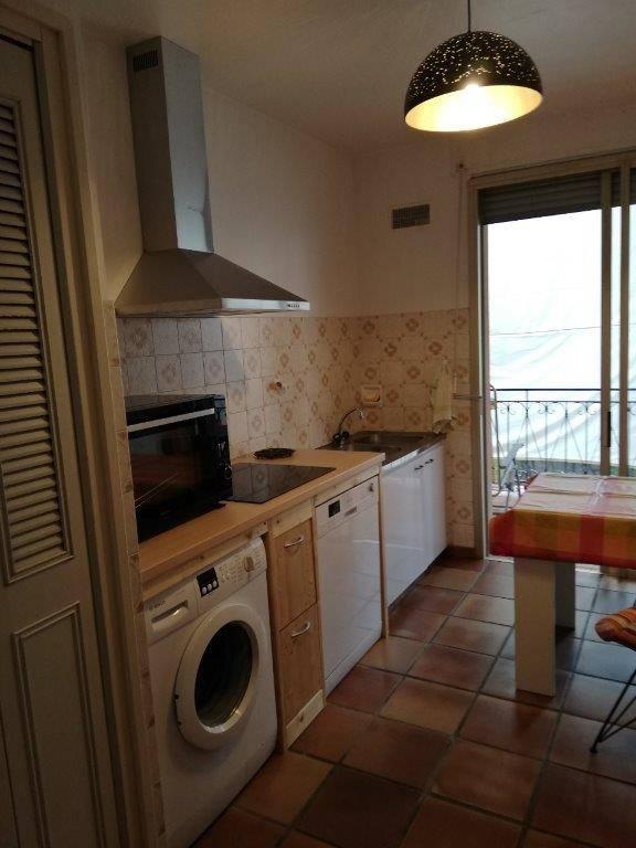 Solenzara-appartement-5pers-proche-mer-cuisine