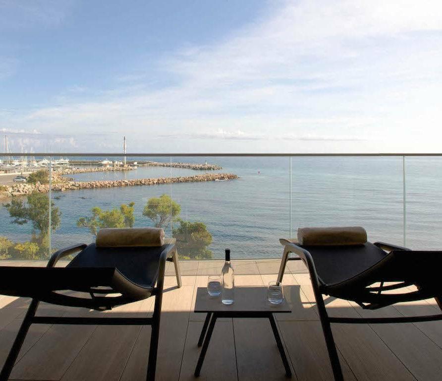 Solenzara – splendide appartement face à la mer et au port