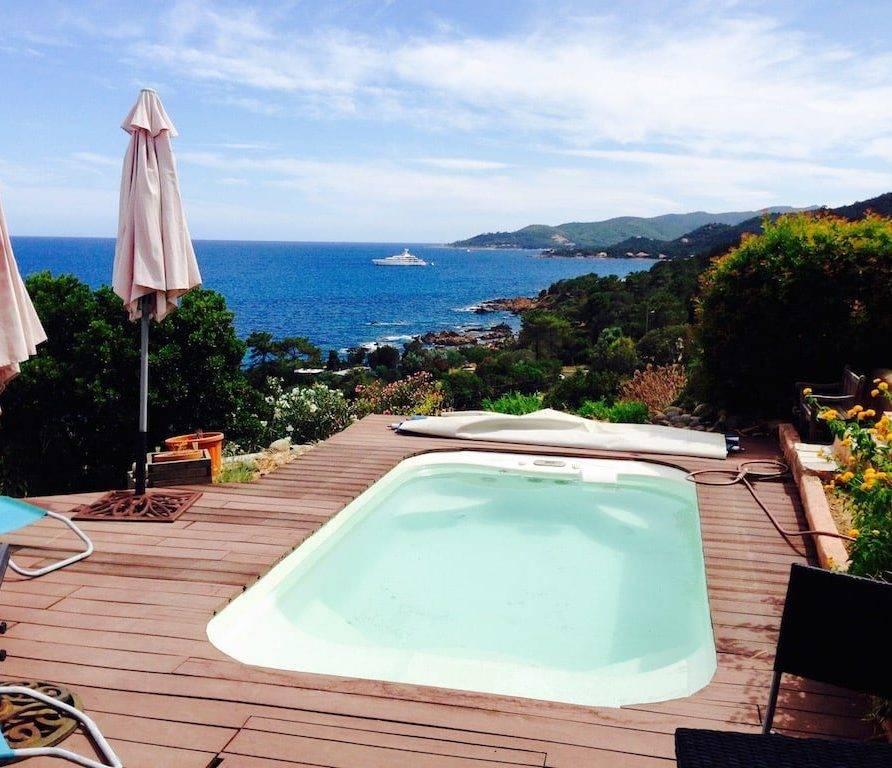 Canella – villa avec jacuzzi pour 8 personnes, face à la baie