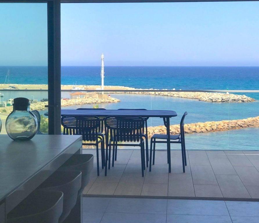 Solenzara – luxueux appartement pieds dans l'eau pour 6 personnes