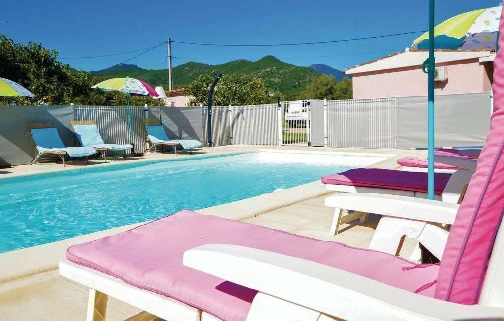 Ghisonaccia location maison de vacances avec piscine - Location villa avec piscine en corse ...
