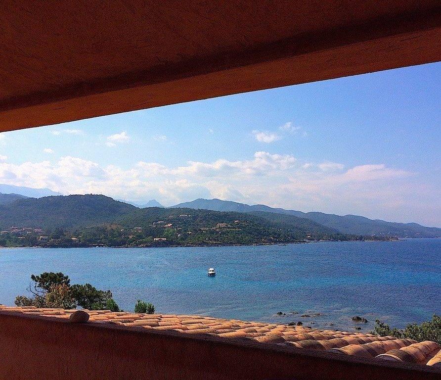 Favone – appartement dans villa en bord de mer pour 3 personnes