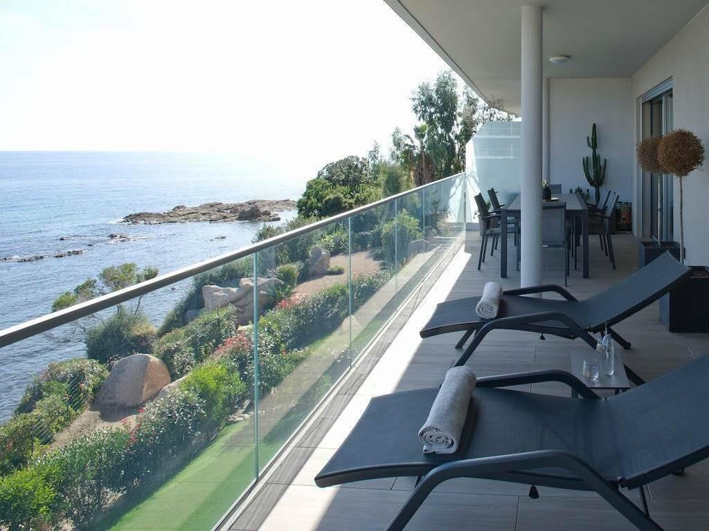 Solenzara – location vacances haut de gamme pour 6 personnes A141